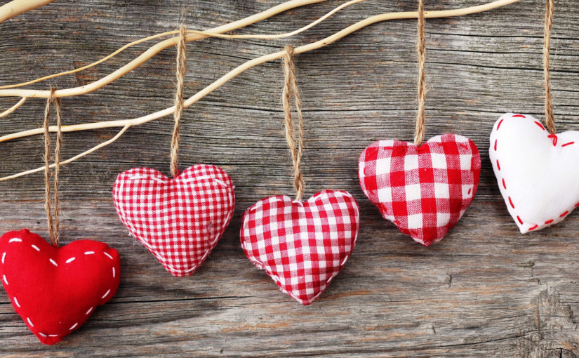 Five Valentine Email tips. Show some love to your customers